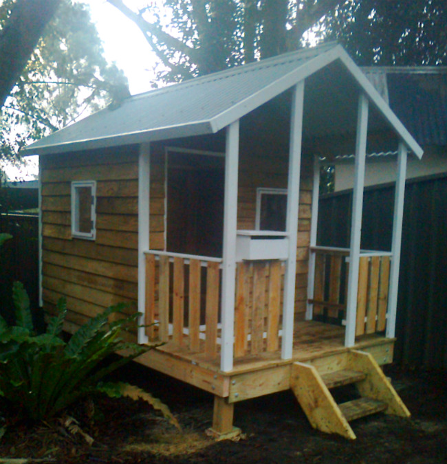cubby house 2.8m x 1.8m with deck, plus side rails, elevated, two opening windows, painted trim $2260 Installed