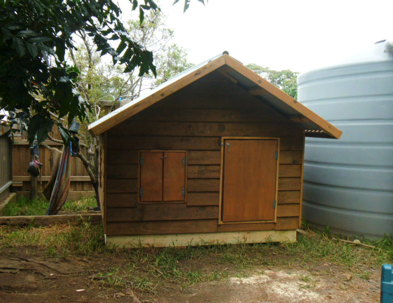 dog kennel 1.8m x 1.8m, gable roof, perspex window, ply door $980