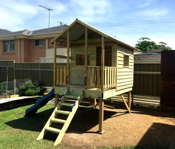 Medium Cubby with verandah, elevated 1.2m