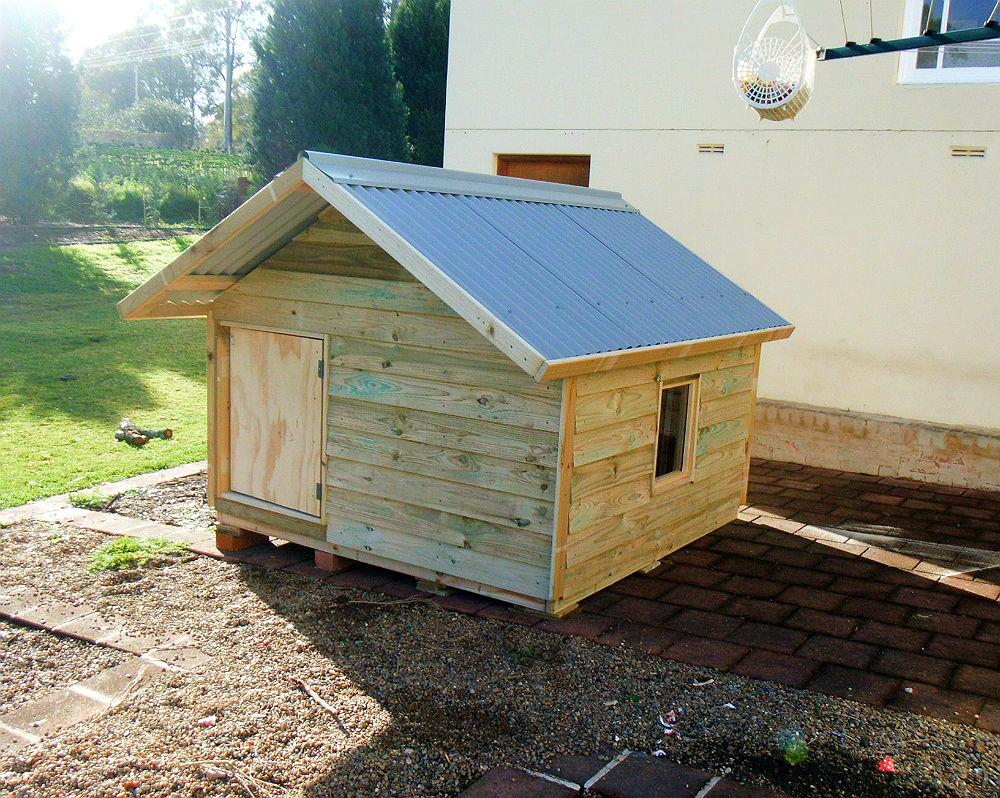 Extra large dog kennel 24m x 24m sydney dog kennels for Cheap dog kennels for large dogs