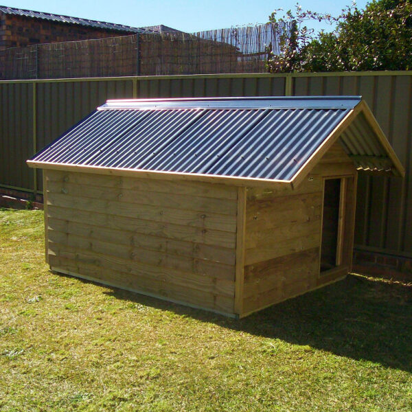large kennel $905 with gable roof