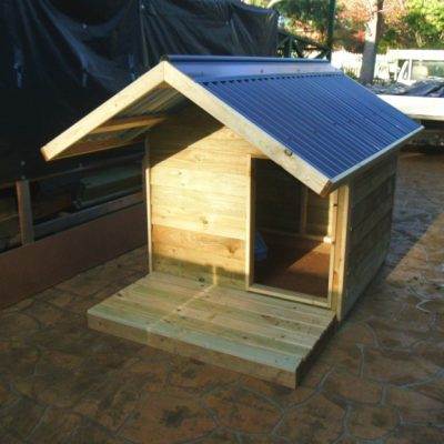 dog kennel deck