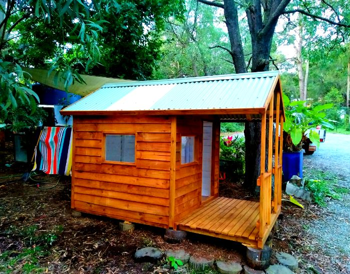 Display Cubby house