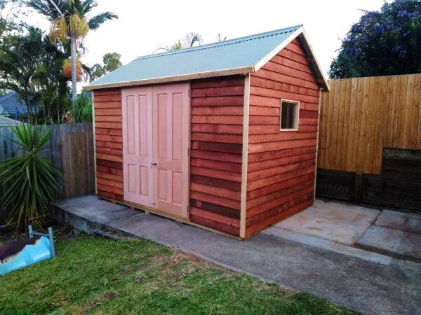 Custom flat pack kit-form timber shed for DIY assembly