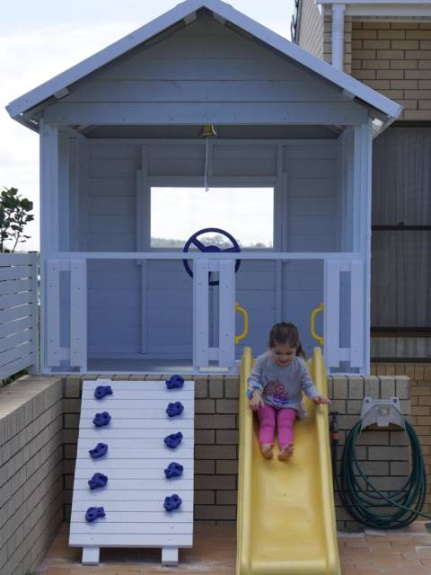 small size cubby houses for outdoors